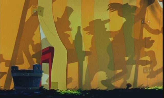 Schatten einer Meute in einem Zirkuszelt
