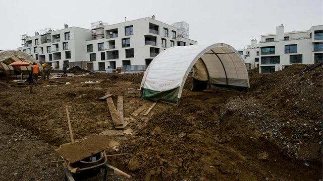Eine Baustelle, wo eine neue Überbauung entsteht