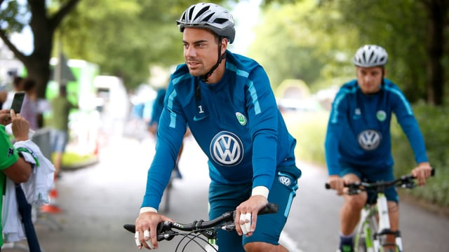 Diego Benaglio auf dem Bike.