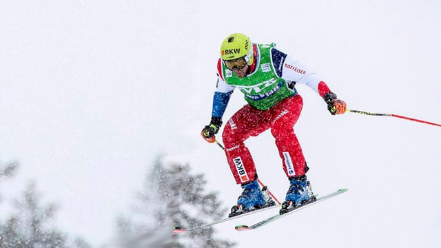 Armin Niederer che ha gudagnà la cursa da skicross a Mals.
