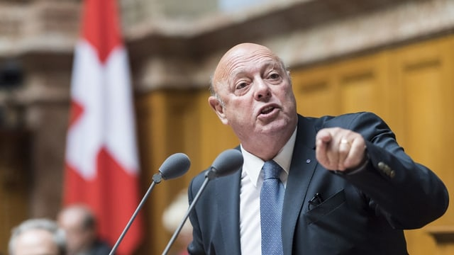 SVP-Politiker Ulrich Giezendanner im Nationalrat.