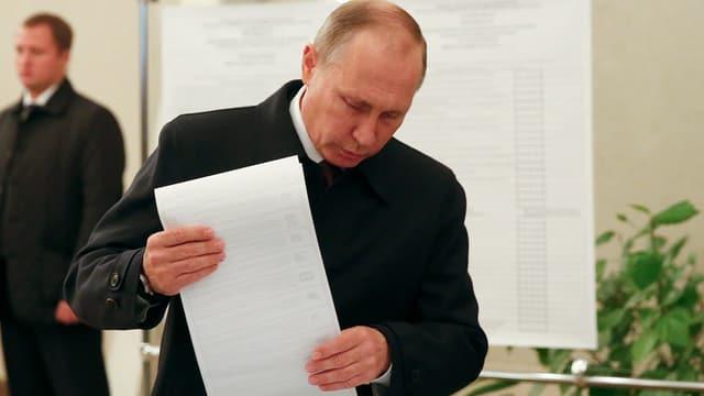Putin dat la vusch en l'urna.