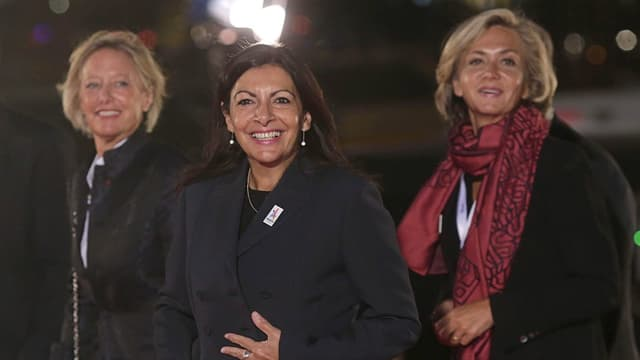 Die Pariser Bürgermeisterin Anne Hidalgo (M.) beim IOC-Kongress in Lima.