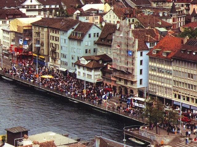 1. Street Parade in Zürich im September 1992