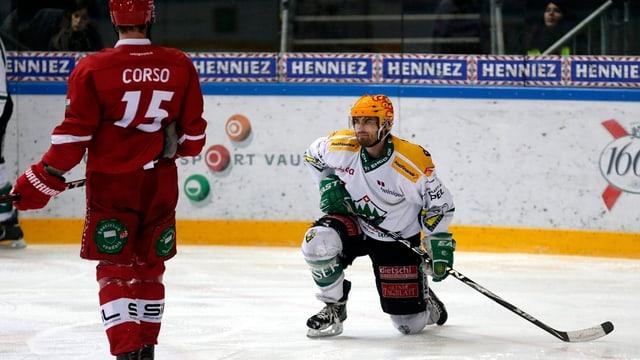 Marty Sertich auf dem Eis