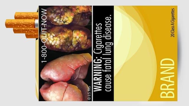Zigarettenpackung mit Bild von Raucherlunge.