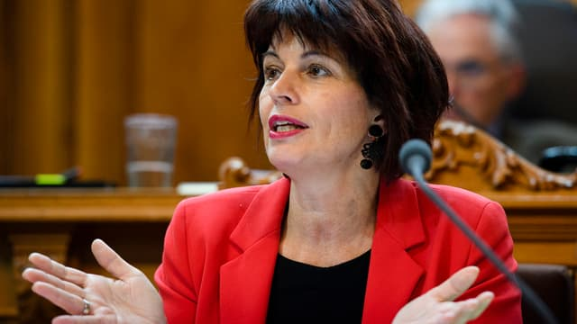 Doris Leuthard en il parlament a Berna