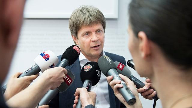 Il nov president dals Verd-liberals duai avair num Jürg Grossen...