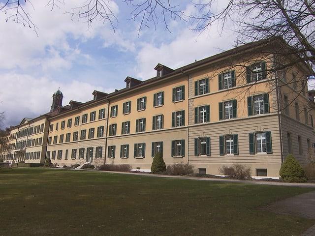 Von 1850 bis 1855 wird auf dem heutigen Berner Stadtgebiet die «Irren-, Heil und Pflegeanstalt Waldau» gebaut.