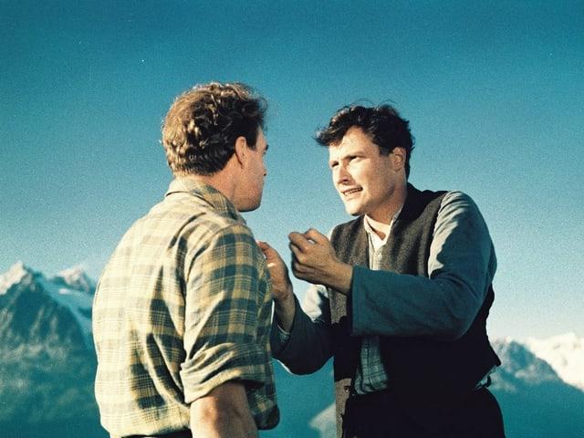 Peter Arens als Dominik und Hannes Schmidhauser als Beat Matter in «Zwischen uns die Berge».