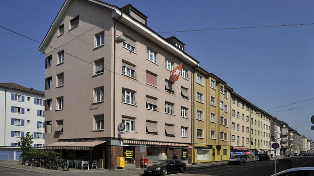 Häuserreihe an der Hüningerstrasse Basel