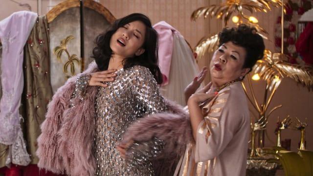 Lohnt sich der Film? Eine kurze Kritik zu «Crazy Rich Asians»