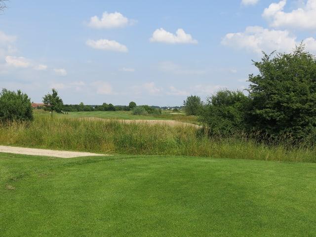 Blick auf die Golfbahn.