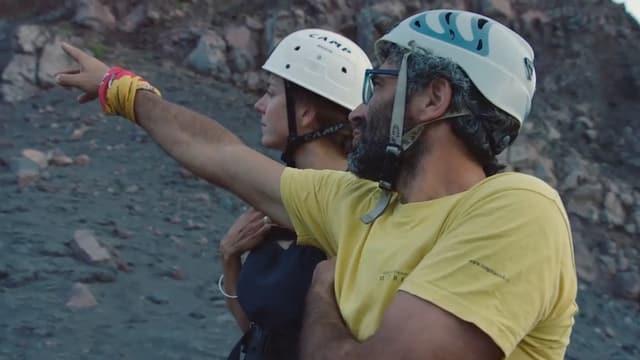 Vulkanführer Mario Pruiti führte die Crew auf den Gipfel des Stromboli.