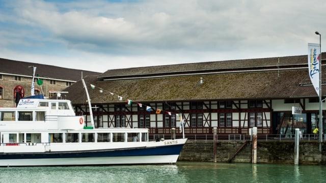 Schiff im Bodensee