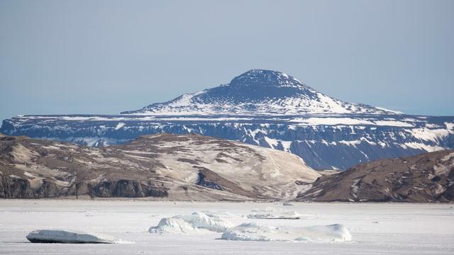 Anblick der Insel am äussersten Rand der Antarktis.