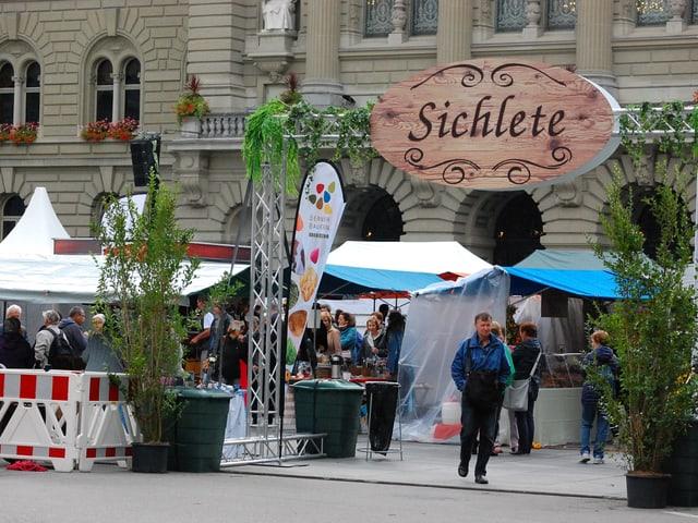 Eingang zur Sichlete der Berner Bauern auf dem Bundesplatz