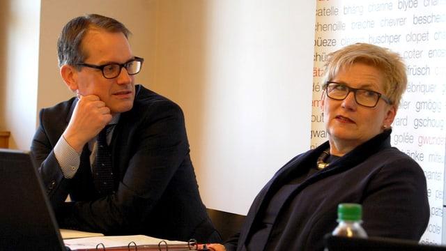 Finanzdirektorin Beatrice Simon und ihr Steuerverwalter Claudio Fischer.