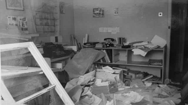 Zerstörtes Büro