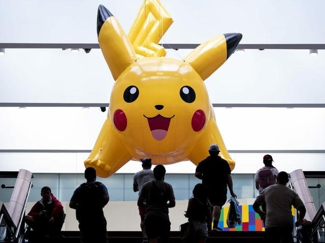 Ein aufblasbares Pokemon