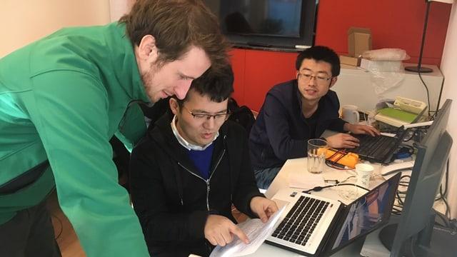 Bei der Entwicklung der Produkte ist Liam Bates auf seine chinesischen Ingenieure angewiesen.
