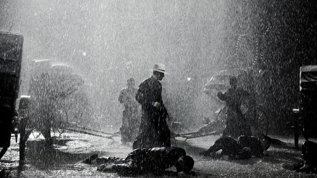 Kung Fu Szene im strömenden Regen