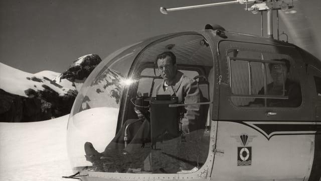 Hermann Geiger im Helikopter Bell-47 J