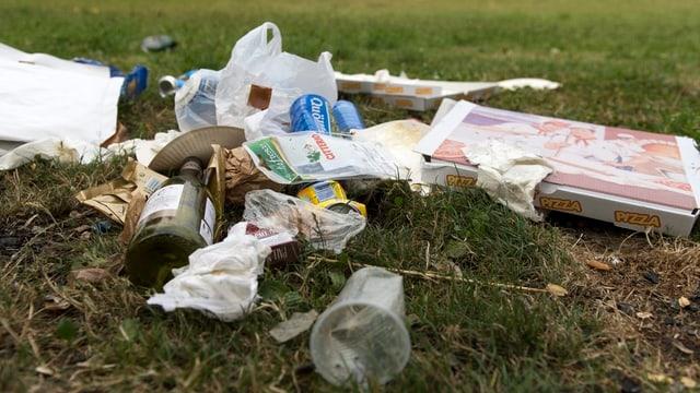 Abfall in einem Park