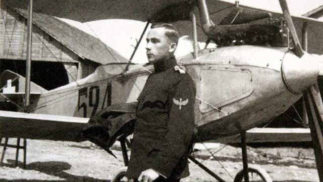 Walter Mittelholzer als Militärpilot.