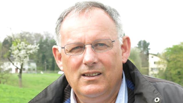 Portraitbild von SVP-Grossrat Eduard Rutschmann in Riehen.