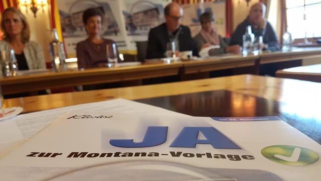 Maletg d'in flyer «Ja zur Montana-Vorlage», davostier comité da sustegn.