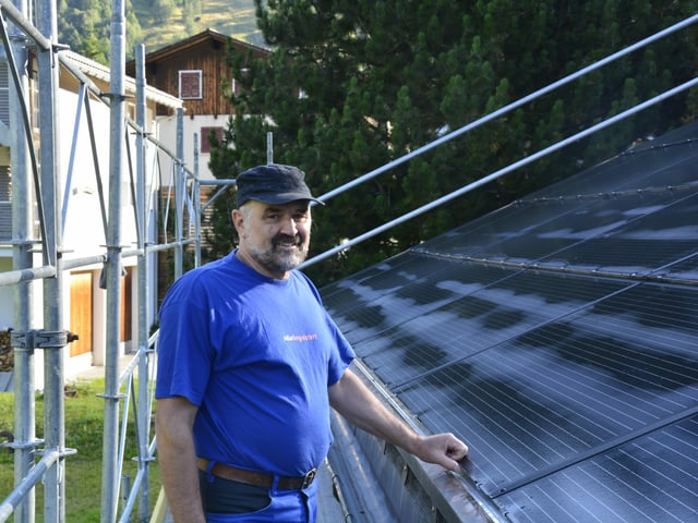 Marcel Levy ha ina gronda passiun, l'energia solara. El è president da la societad cooperativa.
