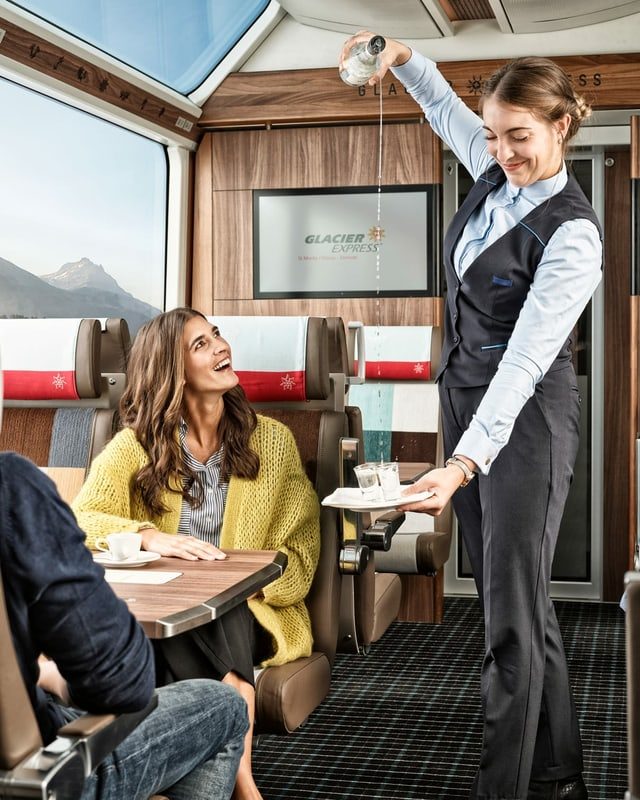 Il nov interiur da la 1. classa dal Glacier Express.