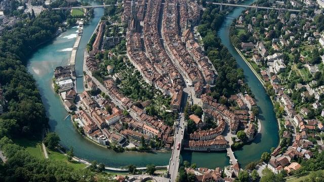 Die Berner Altstadt aus der Luft.