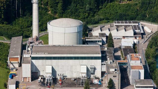 Das Kernkraftwerk Mühleberg an der Aare bei Bern