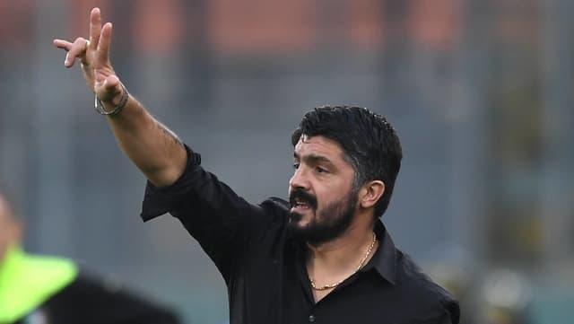 Gennaro Gattuso gestikuliert an der Seitenlinie.