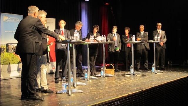 8 der 9 Kandidaten traffen sich am Donnerstag im Kofmehl