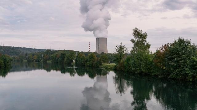 L'ovra atomara Gösgen sper l'Aare.
