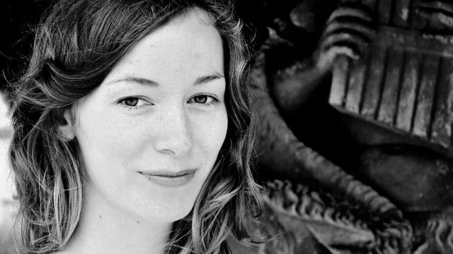Porträtaufnahme von Anja Schoedl