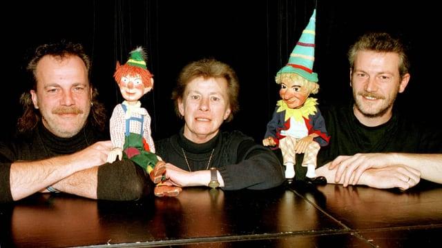 Hannelore Marschall-Oehmichen mit ihren Söhnen Jürgen Marschall und Klaus Marschall