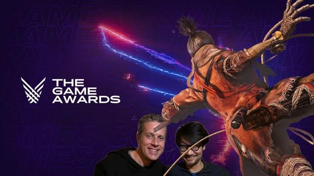 """Geoff Keighly mit Hideo Kojima, überschattet von der Hauptfigur aus """"Sekiro: Shadows die twice"""""""