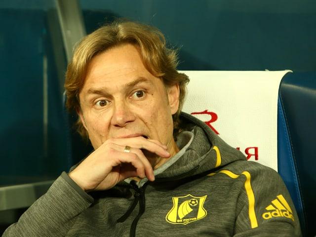 Rostow-Coach Valerij Karpin.