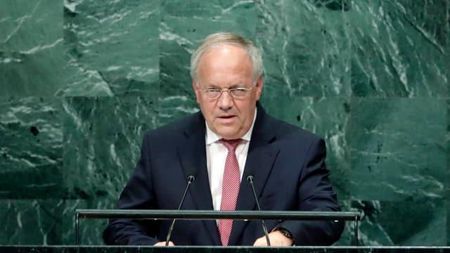 Bundespräsident Schneider-Amman am Rednerpult in New York.