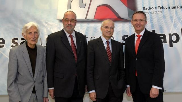 Foto dals quatter directurs da RTR (da sanester): Clemens Pally, Chasper Stupan, Bernard Cathomas e Mariano Tschuor.