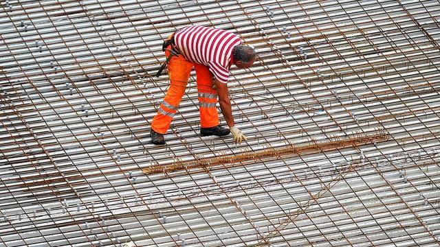 Bauarbeiter in Arbeitskleidung