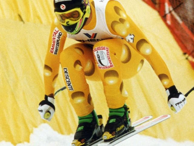 Ein Skifahrer in der Luft