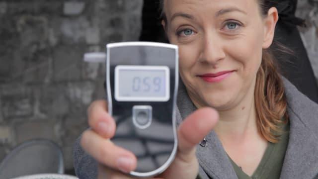 Video «Lisa Catena in einem wissenschaftlich-empirischen Versuch in der Romandie» abspielen