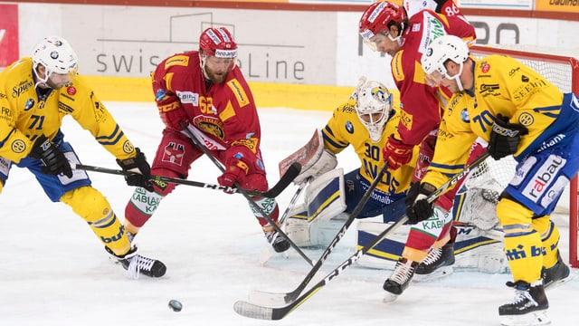 giugaders da hockey da Tavau e da Langnau
