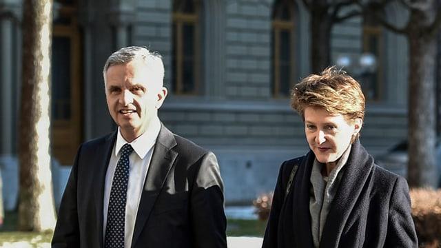 Ils Cussegliers federals Didier Burkhalter e Simonetta Sommaruga.