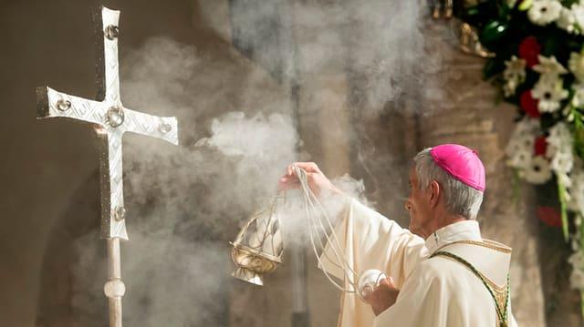 L'organisaziun actuala en diocesas dateschia d'avant 200 onns.